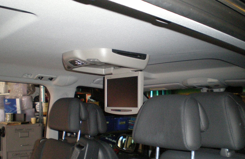 Roof DVD installation in Mercedes Vito